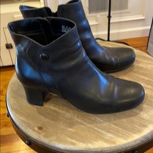 Clark boots. Size 8